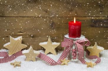 Weihnachtskarte - Hintergrund aus Holz weihnachtlich mit Kerze