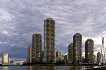 「佃島の高層マンション群」 東京都 中央区 佃島