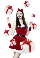 Beautiful youn brunette woman - christmas portrait
