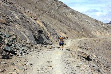 Senderismo en la montaña
