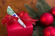 Geschenk mit 100 Euro zu Weihnachten