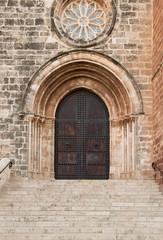 Puerta del Monasterio de El Puig de Santa Maria. Valencia