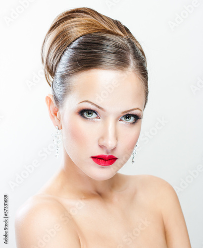 closeup portrait of a beautiful woman with beauty face and clean