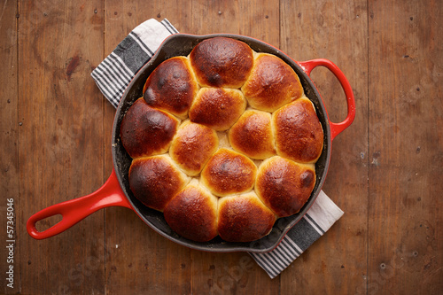 Brioche ball pie in a pan