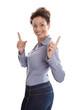 Lachende begeisterte junge Frau isoliert mit Zeigefinger