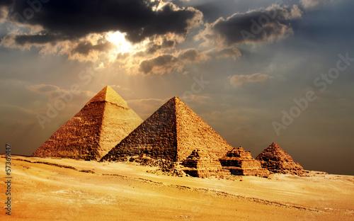 Staande foto Temple giza pyramids, cairo, egypt