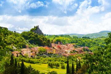 Rocabelgna village in Tuscany