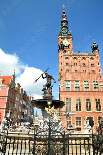 Słynna fontanna Neptuna na Starym Mieście w Gdansku, Polska