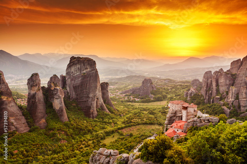 Plexiglas Athene Meteora Roussanou Monastery at sunset, Greece
