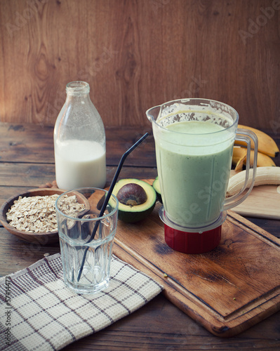 Preparing Avocado smoothie