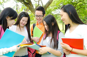 Asian students in the discussion