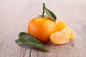mandarin fruit and leaf