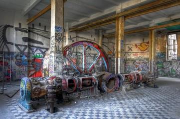 Dampfmaschine in einer Halle