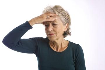 donna mal di testa