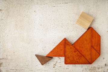 tangram sitting figure