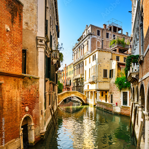 Aluminium Venetie Venice cityscape, buildings, water canal and bridge. Italy