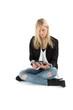 Sitzende Frau mit Tablet Computer