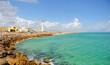 Faro de la isla de Culatra, Algarve, Portugal