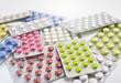 Ein Haufen Tabletten Blister 02