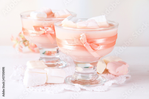 Tasty yogurt with marshmallows, close up