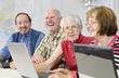 Leinwanddruck Bild - Computerkurs für Senioren