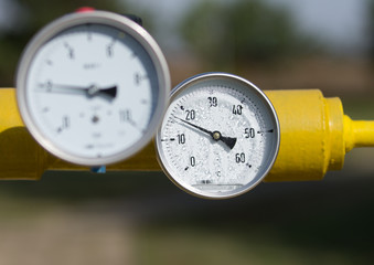 Temperature control in oil and natural gas industry