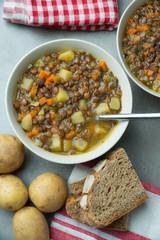 Linsen-Kartoffel-Topf