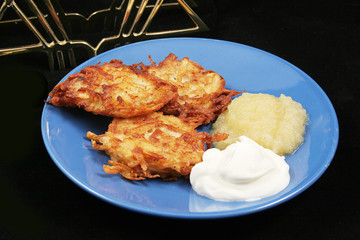 Potato Pancakes - Latkes For Hanukkah