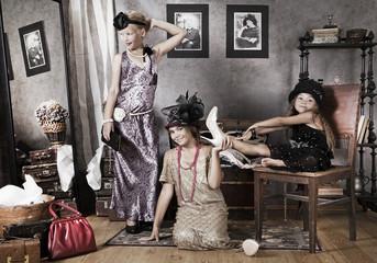Little Old-fashion girls