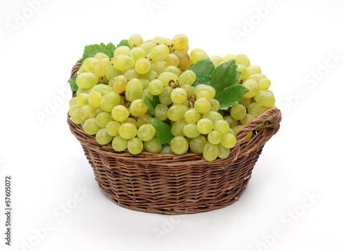 Uva bianca nel cesto