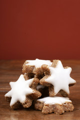 Star-shaped cinnamon biscuit