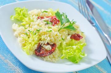 kuskus with tomato