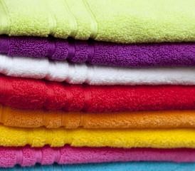 draps de bain colorés