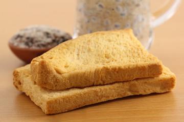 Toast biscuits with herbal juice