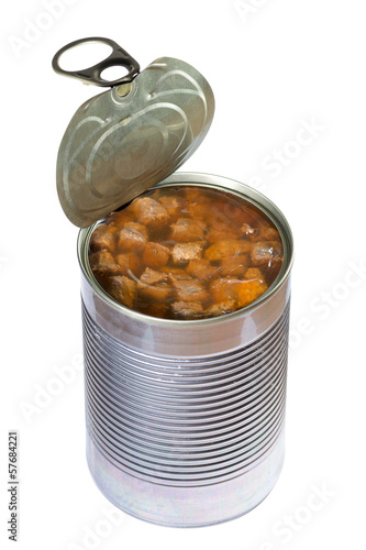 Aluminium Vlees Opened dog or cat canned food isolated. Clipping path