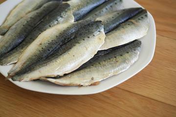 sardine pulite su piatto