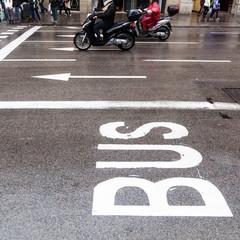 städtischer Straßenverkehr