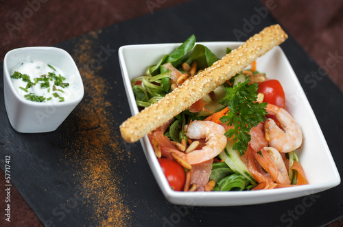 salade composée crudités crevettes 3
