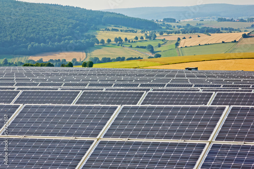 canvas print picture Solarpark in der Natur