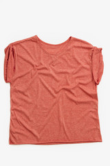 Indumentaria femenina, ropa de mujer, remeras, camisa.