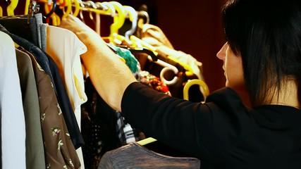 Women keep clothes episode 4