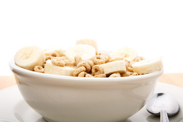 Toasted Oat Cereal with Bananas from Side