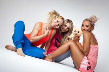 drei lustige Mädels