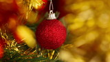 Focus Throw Bauble Christmas Tree