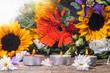 Auszeit, Entspannung: Kerzenlicht und Blüten