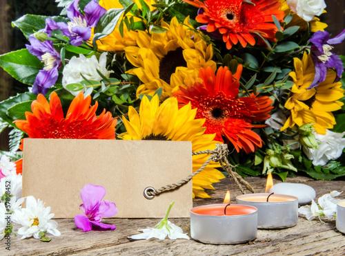 Alles Gute: Sommerblumen mit Gutschein