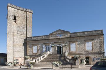 Lot Puy l'Evêque mairie