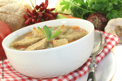 Brotsuppe mit Chili