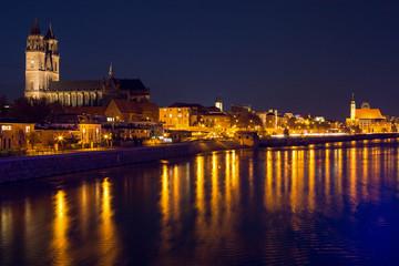 Magdeburg Dom bei Nacht - Herbst 2013