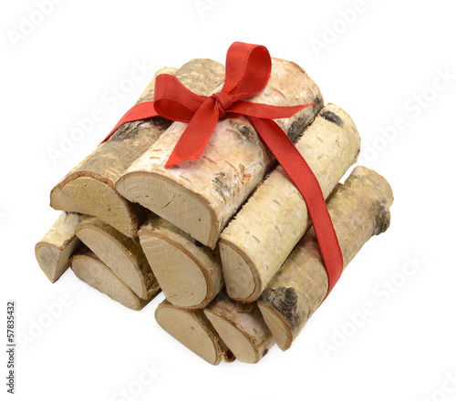 Heap of logs with bow 2